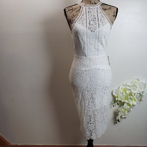 Express beautiful flower lace dress